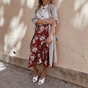 GORGEOUS ZARA NWT Floral Ruffle Skirt